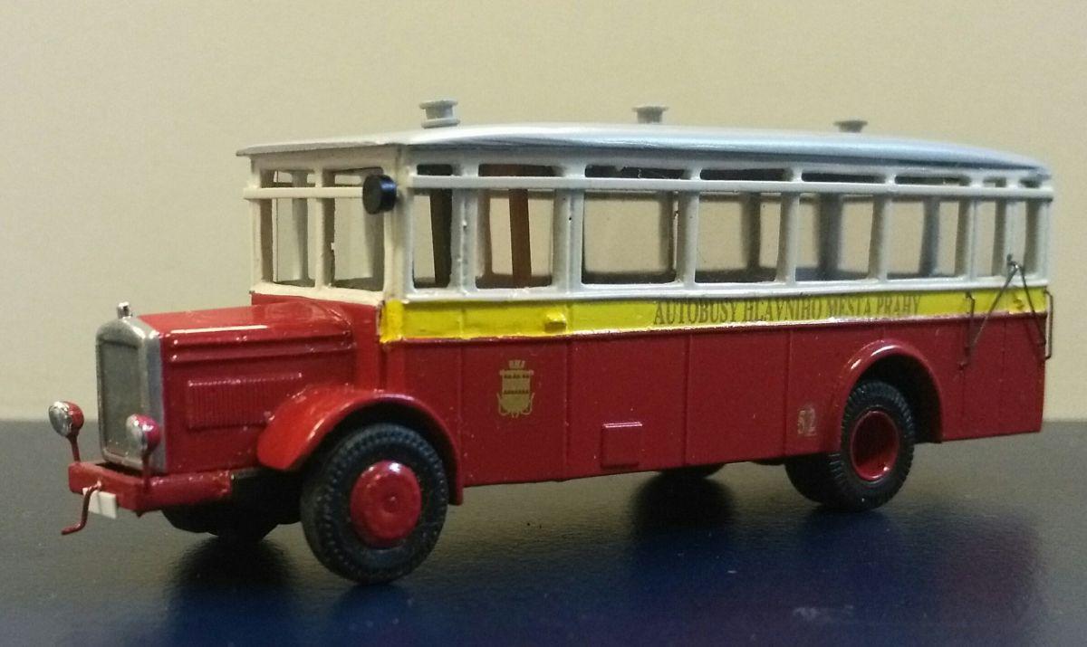 Autobus Škoda 506N